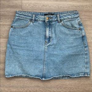 Forever 21 classic Denim Jean Skirt Size Medium